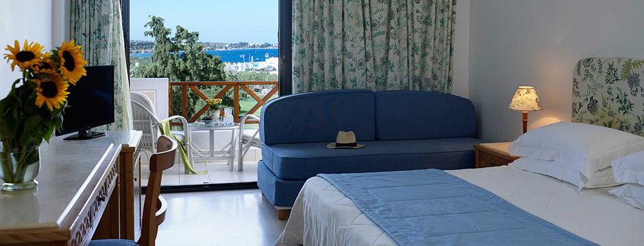 Prenotare un alloggio a Santorini -Dagli hotel agli Ostelli